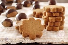 Biscuit Cake, Always Hungry, Gingerbread Cookies, Biscuits, Paleo, Muffin, Gluten Free, Sweets, Desserts