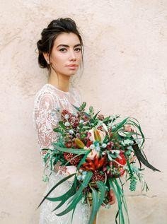 Photography: http://analuiphotography.com   Concierge http://www.deliciouslysortedibiza.com/es/ makeup: http://smackibiza.com/  Hair ://www.eliamartine.com