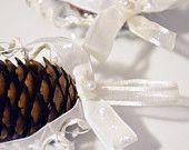 Pigne decorate.  #Christmas #diy #handmade #craft #pinecone