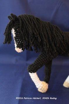 Crochet Horse, Crochet Cat Pattern, Crochet Motif Patterns, Crochet Unicorn, Crochet Patterns Amigurumi, Crochet Animals, Crochet Dolls, Crochet Stitches, Knit Crochet
