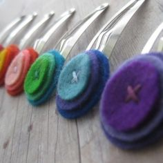 8) favorite craft idea- great use for felt scraps! felt hair clips #naturalbabyco #naturalinspiration
