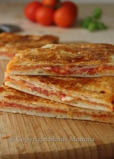 ricetta cucinare facile veloce pizza con pasta sfoglia ripiena facile veloce economica Bambini Statusmamma Giallozafferano foto video