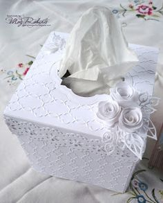 Tissue box cover from cardstock