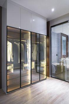 Interior Living Room Design Trends for 2019 - Interior Design Glass Wardrobe, Wardrobe Room, Wardrobe Design Bedroom, Luxury Bedroom Design, Bedroom Bed Design, Home Room Design, Closet Bedroom, Home Interior Design, Shoe Closet