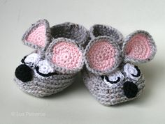 Crochet baby booties pattern, sleepy mouse booties pattern INSTANT DOWNLOAD