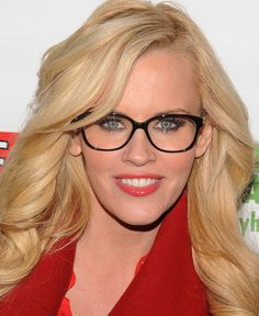 Jenny McCarthy. | 21 Celebrities Who Prove Glasses Make Women Look Utterly Gorgeous