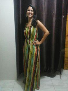 Lindo vestido adquirido por essa elengante amiga e cliente da Maroiya