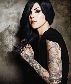 Kat Von D / Blue hair. Love that colour