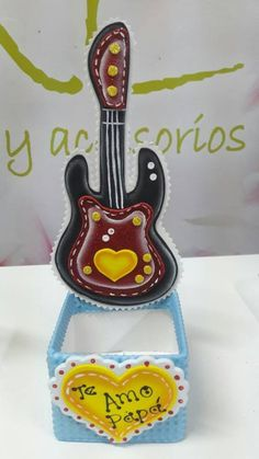 Corpus Christi, Ideas Para, Birthday Candles, Fathers Day, Biscuit, Diy And Crafts, Baby Shower, Gift Boxes, Babyshower