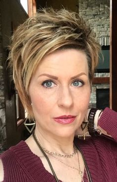 Trendy Edgy Haircuts Ideas For Edgy Short Hair, Short Hair With Layers, Short Hair Cuts, Popular Short Hairstyles, Short Hairstyles For Women, Down Hairstyles, Hair Styles For Women Over 50, Medium Hair Styles, Short Hair Styles