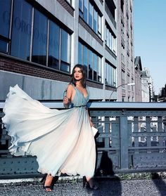 """Windy afternoon in @dior  #ootd #flowydress #dior ------- Tarde """"esvoaçante"""" em @dior !  Sabe aquele vestido que voa até com um sopro?! É esse! Me senti uma  haha"""