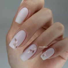 Classic nail art design cases you can try - Page 83 of 97 - Inspiration Diary Nail Manicure, Manicures, Gel Nails, White Manicure, Jamberry Nails, Bride Nails, Wedding Nails, Short Nail Designs, Nail Art Designs