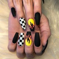 There are three kinds of fake nails which all come from the family of plastics. Acrylic nails are a liquid and powder mix. They are mixed in front of you and then they are brushed onto your nails and shaped. These nails are air dried. Matted Nails, Checkered Nails, Black Coffin Nails, Cute Black Nails, Nail Black, Black Glitter, Black Nails Tumblr, Coffin Nails Glitter, Pink Coffin