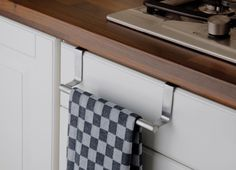 Edelstahl Handtuchhalter Schrankstange 23cm Türhandtuchhalter Handtuchstange Tür Stangen Handtuch Halter: Amazon.de: Küche & Haushalt