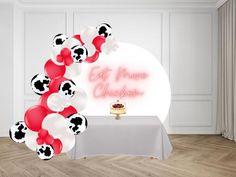 Mylar Balloons, Balloon Arch, Balloon Garland, Latex Balloons, Diy Garland, The Balloon, Eat More Chicken, Cow Birthday, Barnyard Party