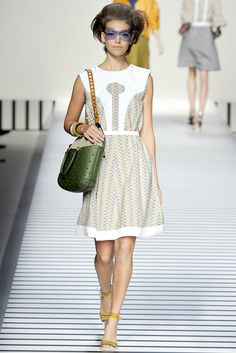 Fendi Spring 2012 Ready-to-Wear Collection Slideshow on Style.com