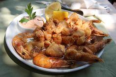 Fritto Misto - Fructe de mare prăjite Shrimp, Seafood, Restaurant, Meat, Celebration, Places, Sea Food, Diner Restaurant, Restaurants