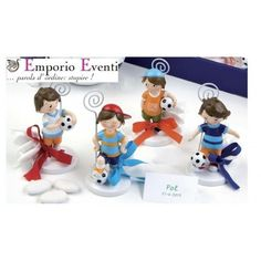 Bomboniera per comunione calcio bambino - #bomboniere #bomboniera #bombonierecomunione #bombonieracomunione Smurfs, Projects To Try, Fictional Characters, Party, Fantasy Characters