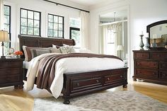 This is the set that we ultimately chose... Rustic Brown Porter King Sleigh Bed View 6