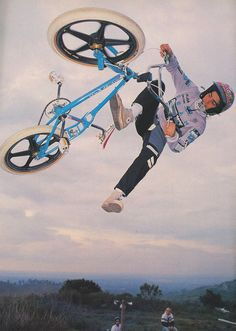 Mike Dominquez - no-footed can-can air!