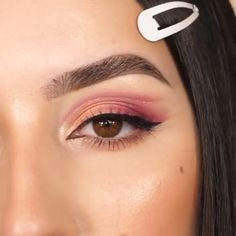 Outstanding Makeup goals tips are readily available on our web pages. Check it out and you wont be sorry you did. Makeup Eye Looks, Glam Makeup, Makeup Inspo, Eyeshadow Makeup, Makeup Inspiration, Beauty Makeup, Pink Eyeliner, Glamorous Makeup, Makeup Looks