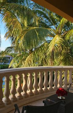Admirals Cove homes boasts wonderful warm and tropical views! http://www.waterfront-properties.com/jupiteradmiralscove.php