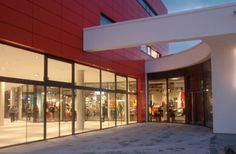 PUMAVision Headquarters, Herzogenaurach, Germany by Architect Klaus Krex, Nürnberg, Germany / ALUCOBOND® Red