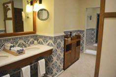 banheiro estilo colonial - Pesquisa Google