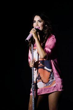 Lali Camila Gallardo, Shows, Girl Group, Wonder Woman, Singer, Superhero, Youtubers, Pretty, Women
