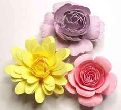 Rolled Paper Flowers from Birdscards | Beautiful DIY Flowers | The Mindful Shopper