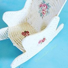 #shaby #shabychic #decoupageart #decoupage #diy #diseño #diycrafts #cute #craft #crafting #servilletas #servilletasdepapel #ornaments #decor #manualidades #hechoamano #handmade #handcraft #artwork #artesania #flowers #roses #decoupagepaper