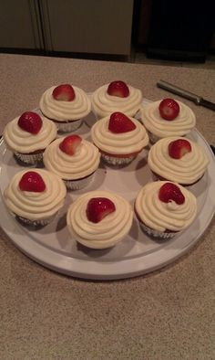 Strawberry and cream cheese cupcakes from scratch