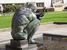 https://flic.kr/p/4Ln2Nx | Drinking boy | Drikkende gutt by sculptor Per Palle Storm, 1930, set in this fountain, 1960.