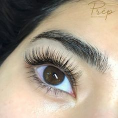 Prép Beauty Parlour has been a Vancouver destination since We house the best artists in the city, working exclusively in their specialized trade. Natural Fake Eyelashes, Fake Lashes, Long Lashes, False Eyelashes, Body Makeup, Hair Makeup, Eyelash Extensions Styles, Applying Eye Makeup, Evening Makeup