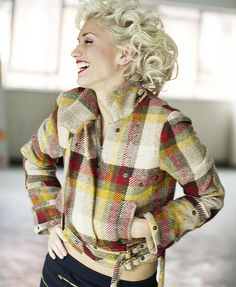 Gwen Stefani (that jacket!!!)