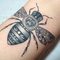 Bee tattoo by Tami at Tattoo Zoo, Victoria BC
