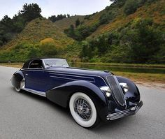 doyoulikevintage: 1934 Graber Duesenberg J. Classic and antique cars. Sometimes custom cars but mostly classic/vintage stock vehicles. Retro Cars, Vintage Cars, Duesenberg Car, Art Deco Car, Classy Cars, Cabriolet, Unique Cars, Amazing Cars, Hot Cars