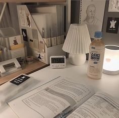 Study Desk, Study Space, Study Room Decor, Study Corner, Desk Inspiration, Desk Inspo, Desk Stationery, Studyblr, Journal Aesthetic