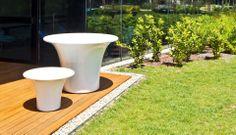 Fioriera da giardino di Naoto Fukasawa - CONE - SERRALUNGA