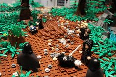 Final duel, Lego model of Hogwarts by Alice Finch. Via Flickr