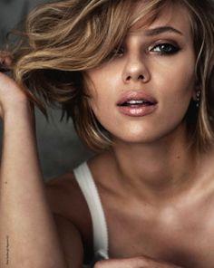 Scarlett - Pretty Makeup