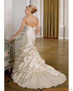 2013 Neue schulterfreie Brautmode aus Taft Vielfaltiger Rock mit Schleppe