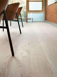 1-stavs parkett – Flotte Gulv AS Interior Architecture, Tile Floor, Sweet Home, Flooring, Living Room, Rugs, House, Home Decor, Kitchen
