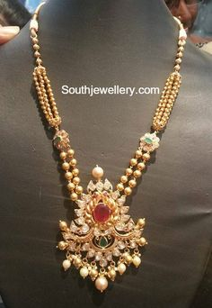 22 carat gold antique gold balls necklace with peacock pacchi pendant studded with uncut diamonds, emeralds and rubies. Jewelry Design Earrings, Gold Earrings Designs, Gold Jewellery Design, Gold Jewelry, India Jewelry, Gold Necklace, Necklace Designs, Mango Necklace, Gold Designs