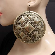 Antique Gold Round Disc Earrings.