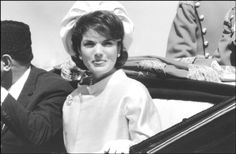 Pakistan.Lahore.Jaqueline KENNEDY in a horse drawn carriage with...March.1962 ♡❀❁❤❁❤❁❤❁❤❁❤♡ http://www.jfklibrary.org/Asset-Viewer/fIAu7iZTSkaxouEFejMsdw.aspx