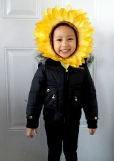 DIY halloween sunflower costume. All materials are from the dollar store.  sc 1 st  Pinterest & how to make a sunflower headdress - Google Search | Costume Themes ...