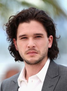 Kit Harington Photos Photos - Actor Kit Harington attends the 'How To Train Your Dragon 2' photocall during the 67th Annual Cannes Film Festival on May 16, 2014 in Cannes, France. - 'How to Train Your Dragon 2' Photo Call