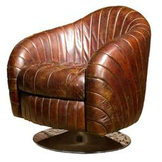 this leather chair is so classy!
