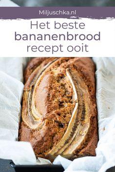 Er kwamen zoveel vragen naar het recept van dit overheerlijke bananenbrood. Dit brood is het allerlekkerste met hele rijpe bananen. Voor dit heerlijke bananenbrood heb je ook wat gehakte chocola of noten nodig. Hou je van pecannoten? Dan gebruik je die. Varieer eventueel ook met wat rozijnen of cranberries. Die passen ook uitstekend bij het bananenbrood. Lees het hele recept op mijn website. #miljuschka #banenenbrood Recovery Food, Snack Recipes, Snacks, Healthy Baking, Easy Cooking, No Bake Desserts, Bread Baking, I Love Food, Food Inspiration